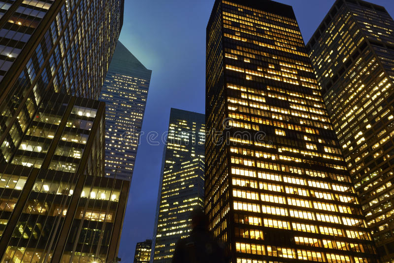 Bürogebäude in New York lizenzfreie stockbilder