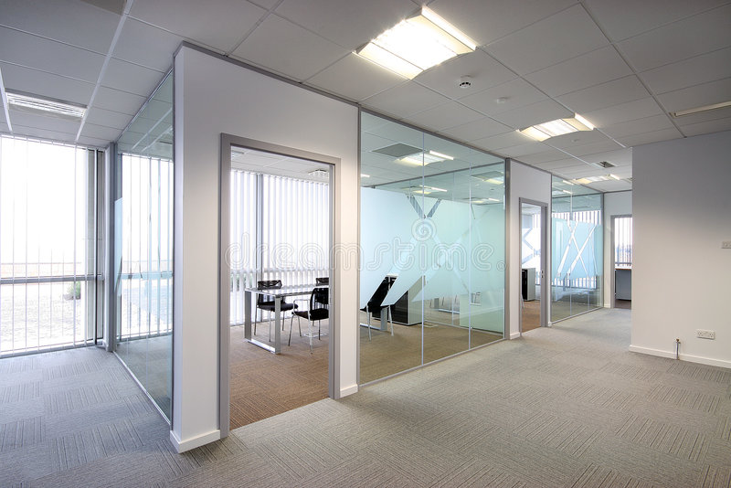 Bürogroßraum lizenzfreies stockbild