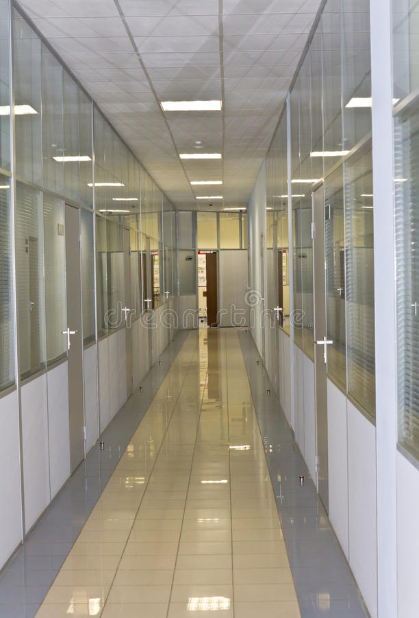 Download Büromitte stockbild. Bild von glas, reflexion, fußboden - 26357697
