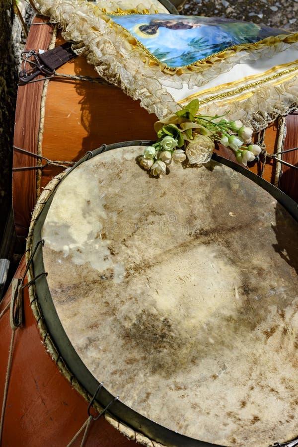 Bębeny używać w Brazylijskim ludowym festiwalu na cześć świętego George fotografia royalty free