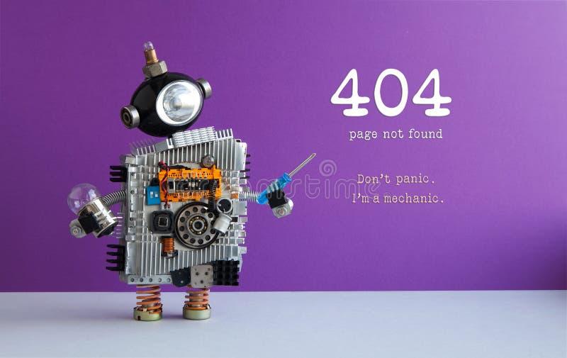 404 błędów strony znajdujący pojęcie Don ` t panika Ja ` m mechanik Zabawkarski robot z śrubokrętem i żarówką Purpury ściana fotografia stock
