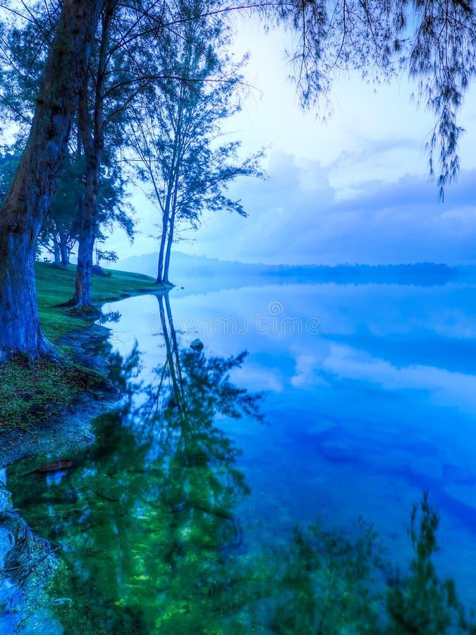 błękit świtu zieleń zdjęcia royalty free