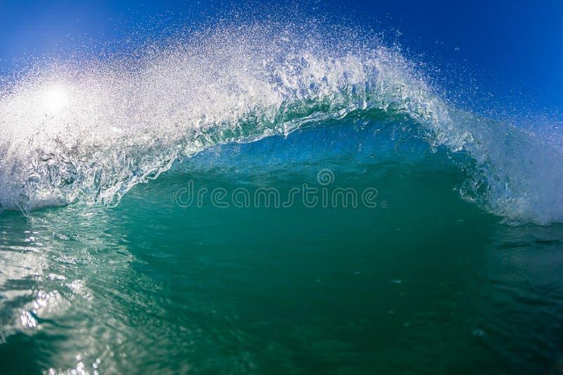 Błękit fala pływania wody fotografii zakończenie fotografia royalty free