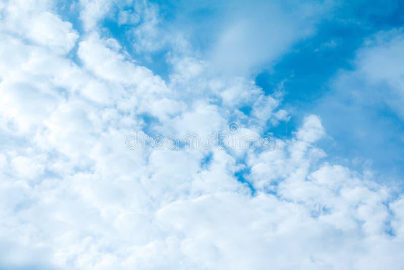 błękit nieba chmury tła niebo, chmury Niebo z chmury weath obraz royalty free