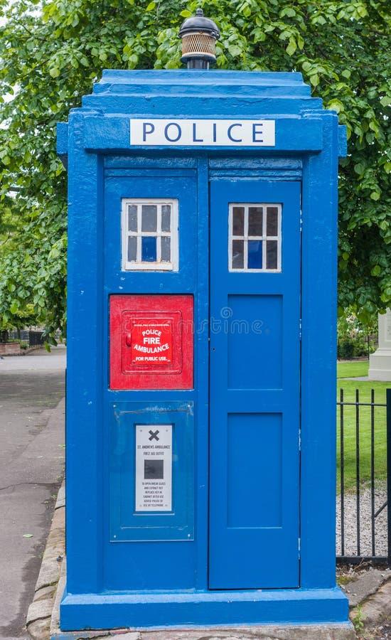 Błękit polici alarma poczta, Glasgow, Szkocja UK zdjęcia royalty free