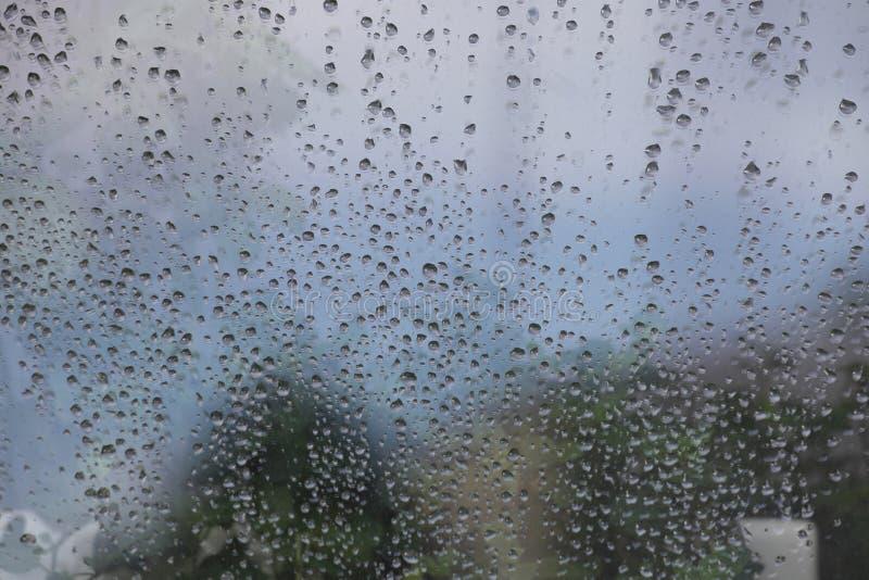 Download Błękita deszczu krople zdjęcie stock. Obraz złożonej z obmycie - 53783248