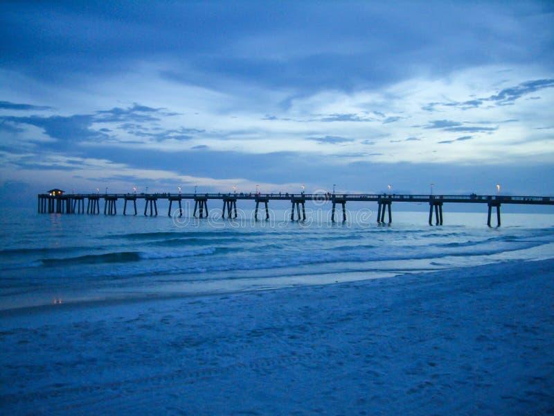 Błękita Plażowy zmierzch zdjęcie stock