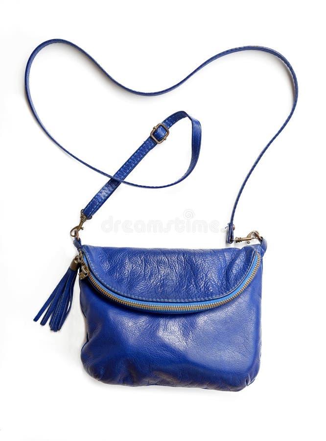 Błękitna galanteryjnych kobiet torba odizolowywająca na białym tle fotografia stock