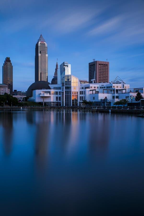 Błękitna godzina - W centrum Cleveland, Ohio fotografia royalty free