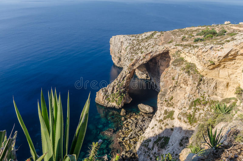 Błękitna grota w Zurrieq, Malta obraz stock