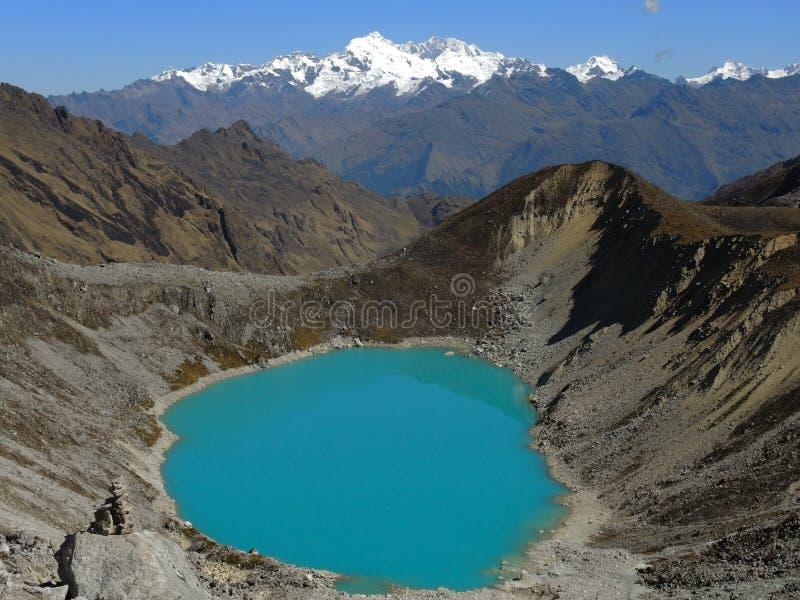 Błękitna jezioro un Salkantay inka ślad w Cusco, Peru fotografia stock