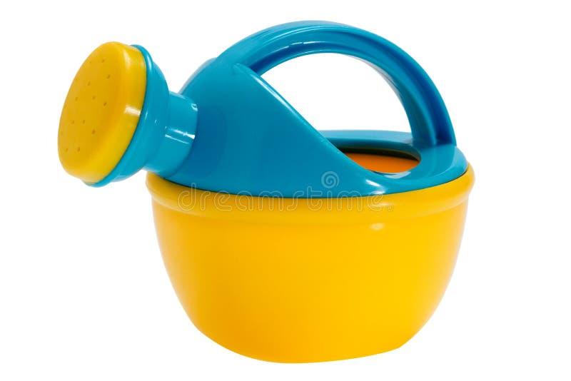 Błękitna podlewanie puszki zabawka na białym odosobnionym tle zdjęcia stock