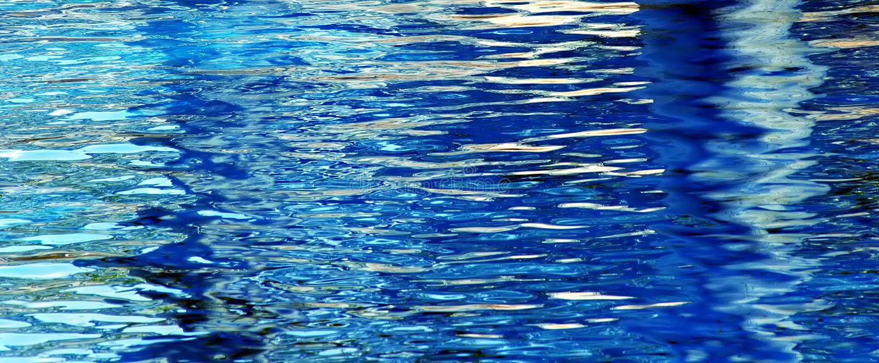 błękitna woda obrazy royalty free