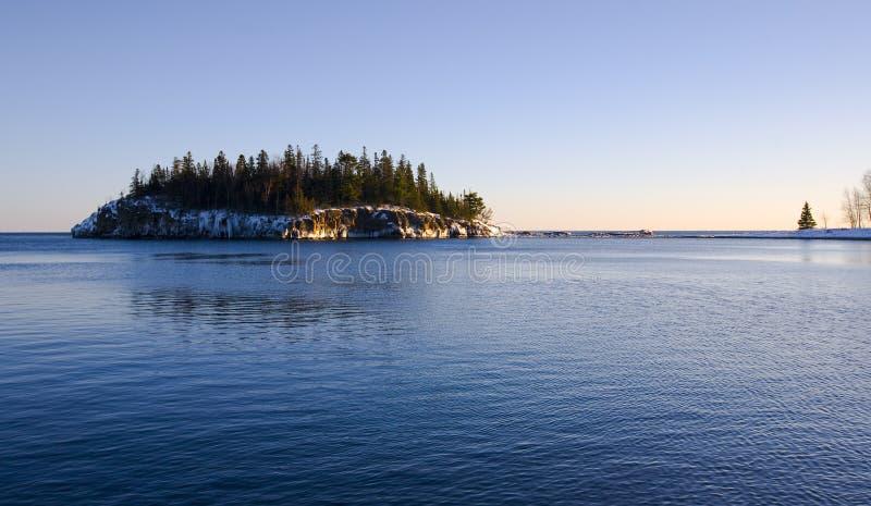 błękitna zimna wyspy woda zdjęcie royalty free