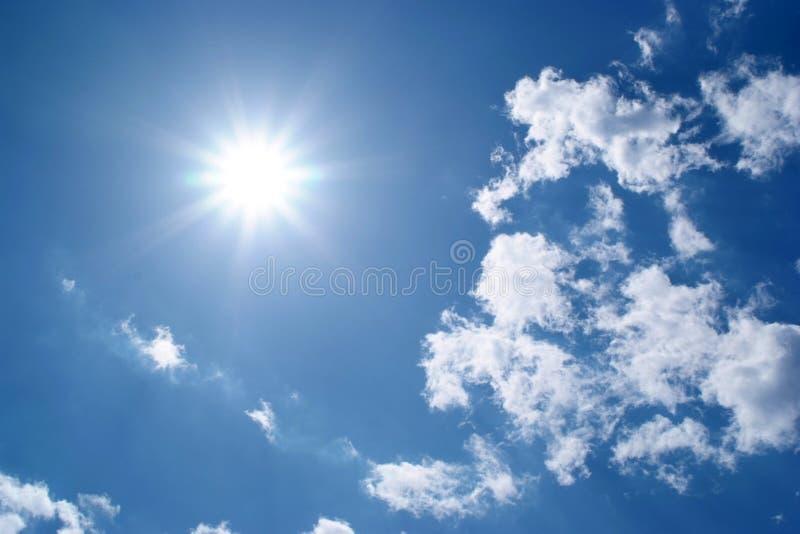 błękitne niebo. obraz royalty free