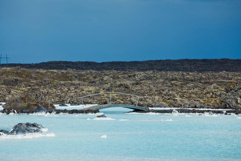 Błękitnej laguny geotermiczny skąpanie. fotografia stock