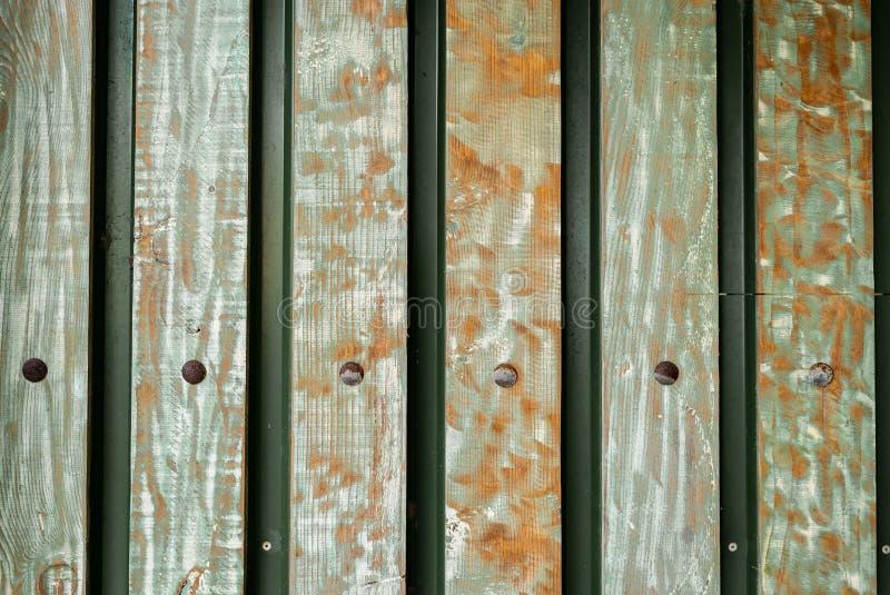 Błękitnej stajni Drewniana ściana Zaszaluje Horyzontalną teksturę Starych Stałego drewna deseczek Nieociosany Podławy tło malując obraz stock