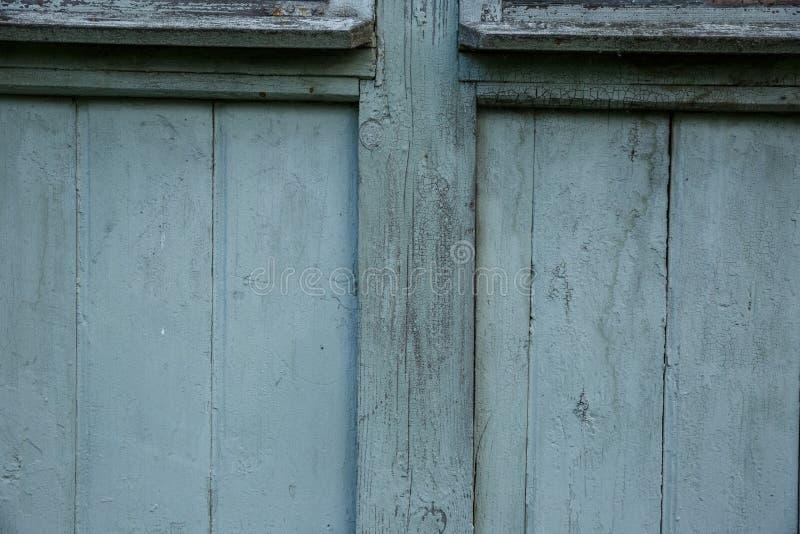 Błękitnej stajni Drewniana ściana Zaszaluje Szeroką teksturę Starych drewnianych deseczek nieociosany podławy tło zdjęcia stock