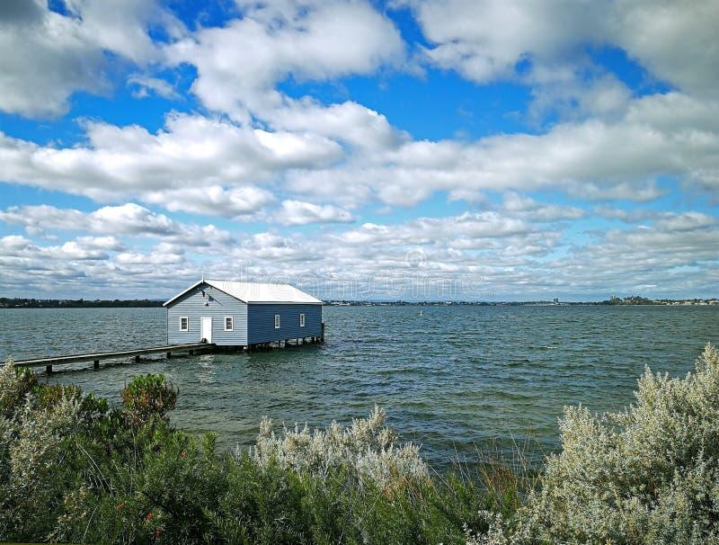 Błękitny Łódkowaty dom zdjęcie stock