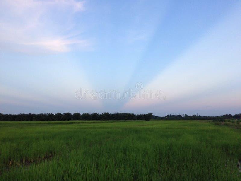 Błękitny Biały niebo obraz stock