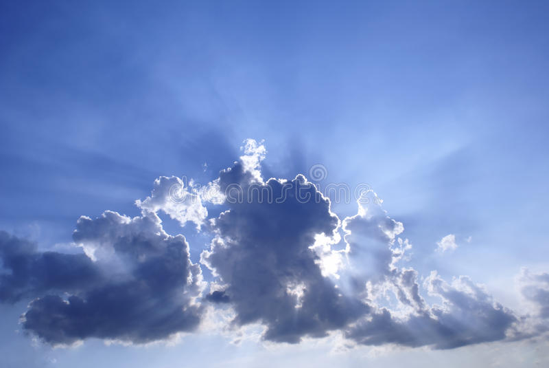 błękitny chmurnego nieba sunburst obrazy royalty free