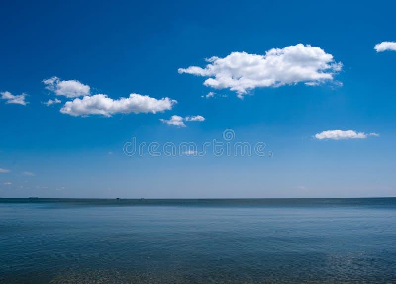 błękitny denny niebo zdjęcia stock