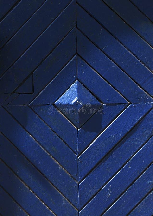 Błękitny drewniany drzwi w Lviv obraz royalty free