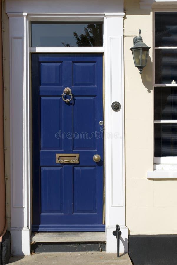 błękitny drzwi domu stary wiktoriański obraz stock