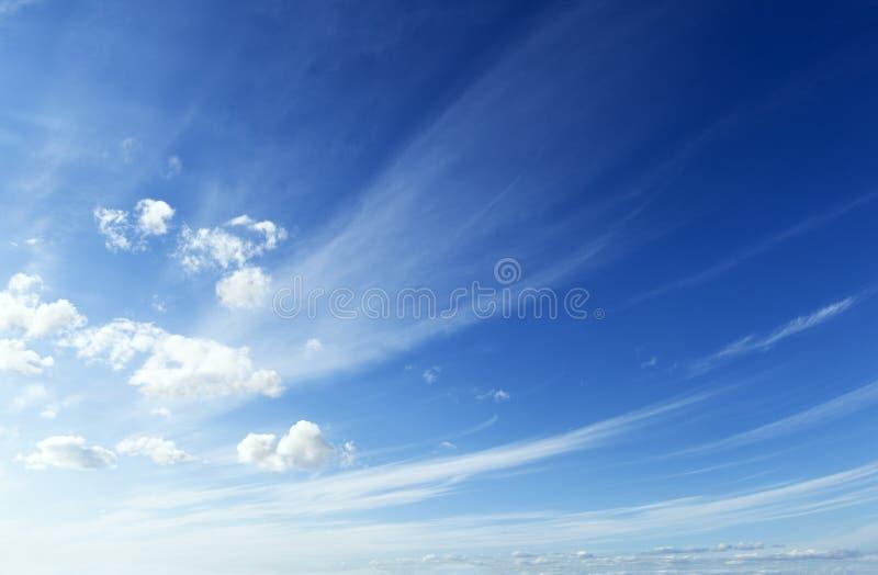 Błękitny i czysty niebo zdjęcia stock