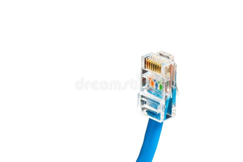 Błękitny komputerowy etherneta kabel odizolowywający na białym tle, zakończenie obrazy stock