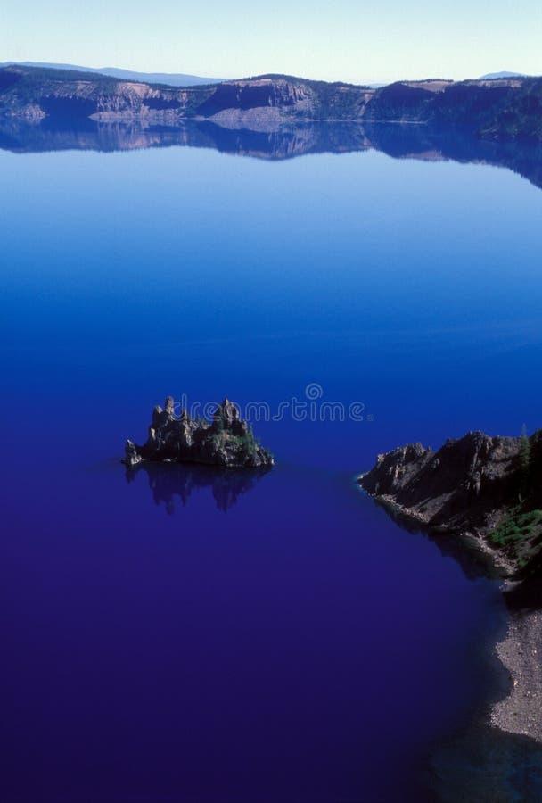błękitny krateru jeziora odbicia zdjęcie stock