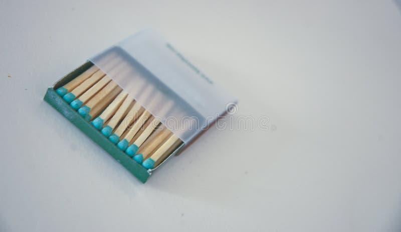 Błękitny matchbox otwierający na białym tle zdjęcia royalty free