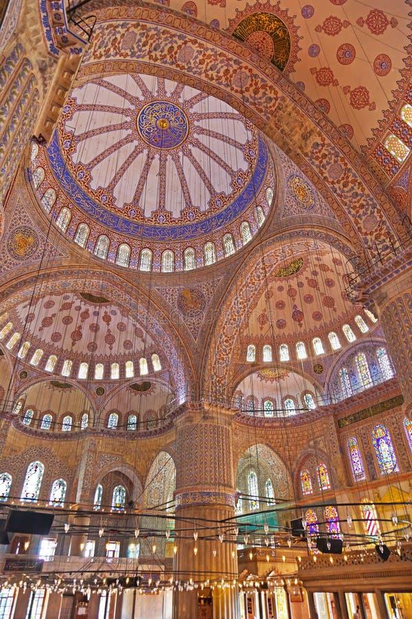 Błękitny meczetowy wnętrze w Istanbuł Turcja zdjęcie royalty free