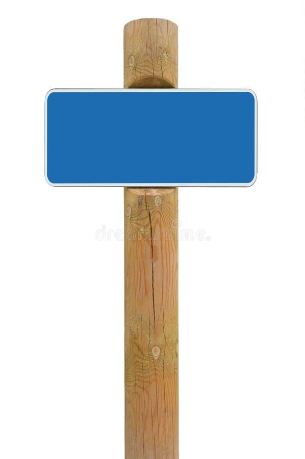 Błękitny metalu znaka deski signage kopii przestrzeni tło, bielu ramowy roadsign, stara starzejąca się wietrzejąca drewniana słup obrazy stock