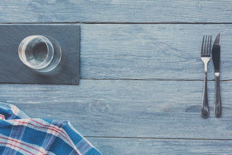 Błękitny nieociosany drewniany tło obrazy stock