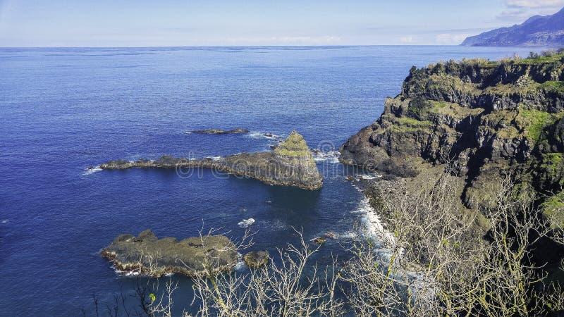 Błękitny ocean przy Madeira wyspą obrazy royalty free