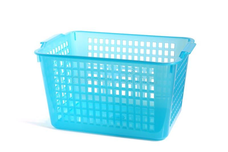 Błękitny plastikowy kosz obraz stock