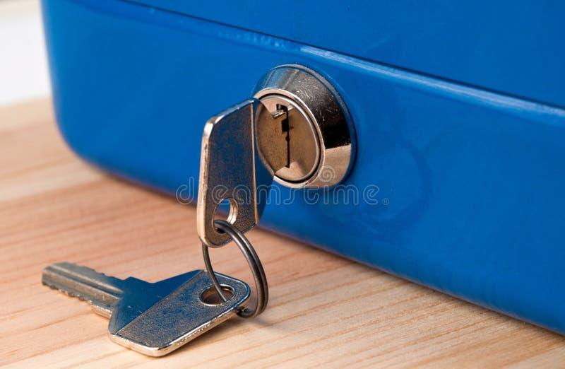 błękitny pudełka gotówki pieniądze zdjęcia stock