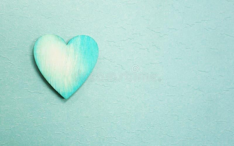 Błękitny serce na błękicie obrazy royalty free