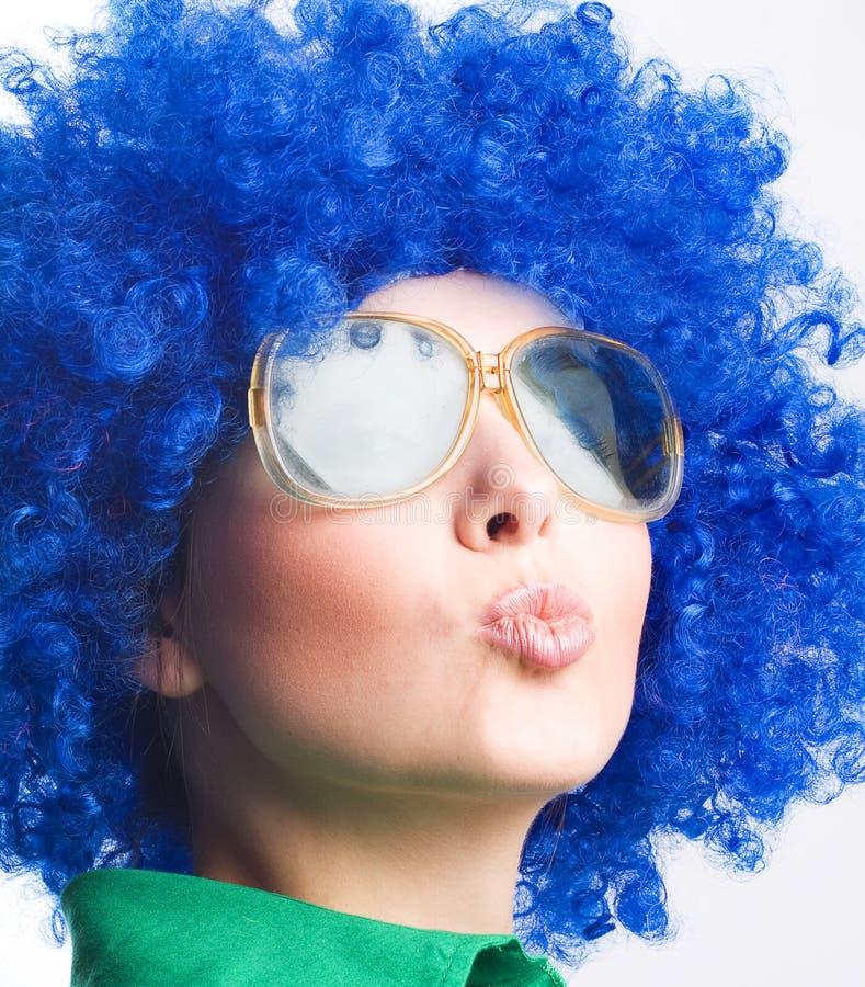 błękitny szczęśliwa okularów przeciwsłoneczne peruki kobieta obrazy royalty free