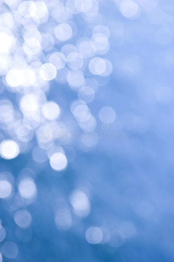 błękitny tło biel zdjęcia stock