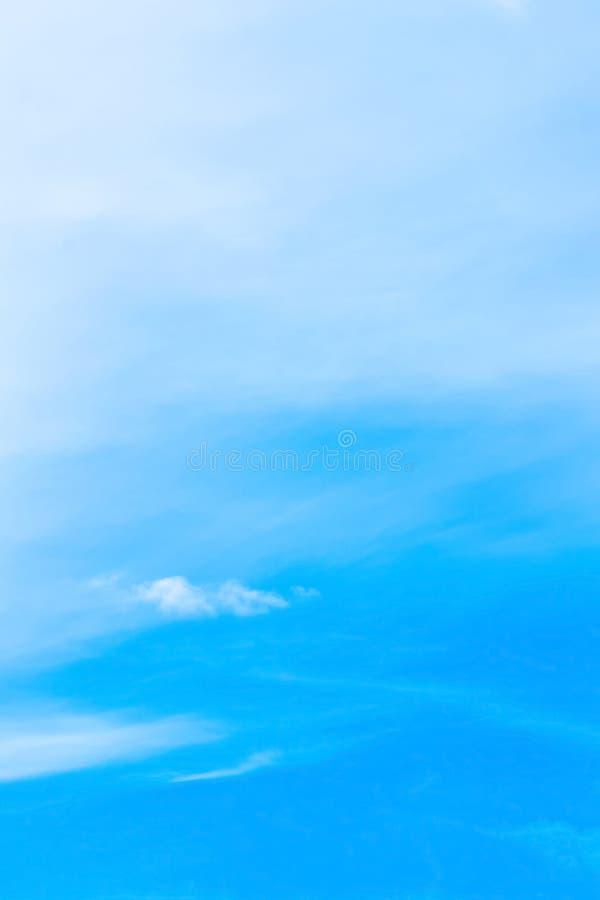 Błękitny tło w powietrzu obrazy stock