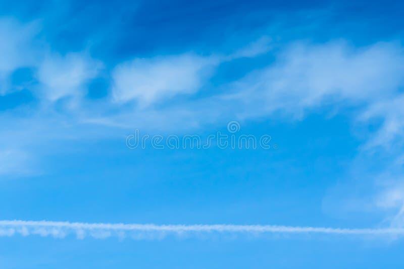Błękitny tło w powietrzu zdjęcia royalty free