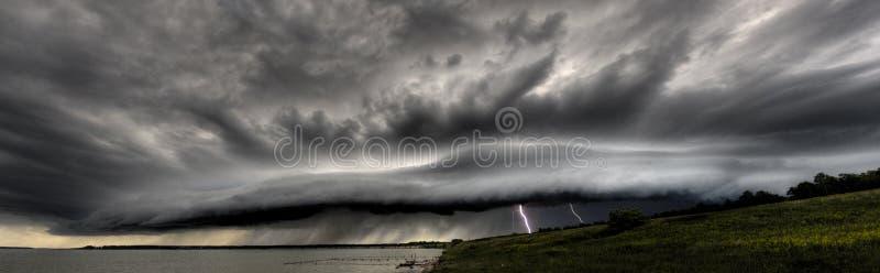 błyskawicy thundercloud obraz royalty free