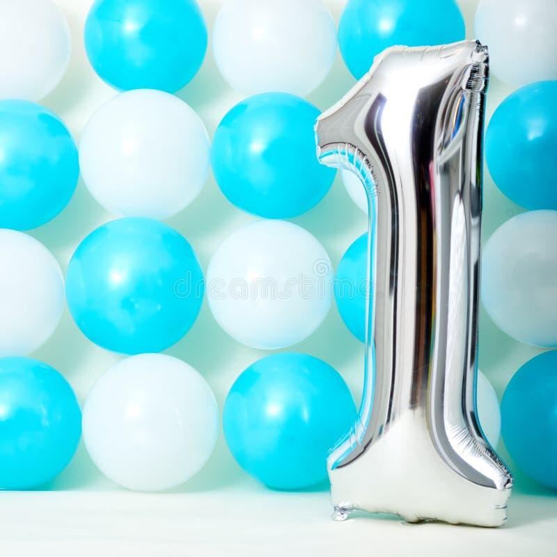 Błyszczący pierwszy urodziny zdjęcia royalty free