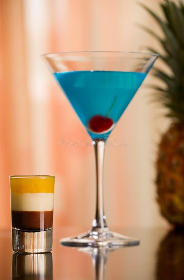 B-52 tiré et cocktail de bleu de Betty photographie stock libre de droits