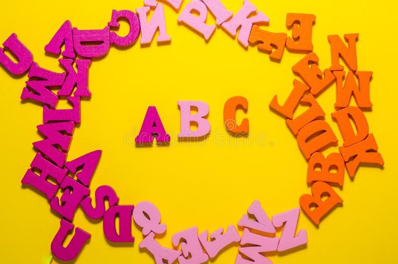 B c met houten brieven royalty-vrije stock foto's