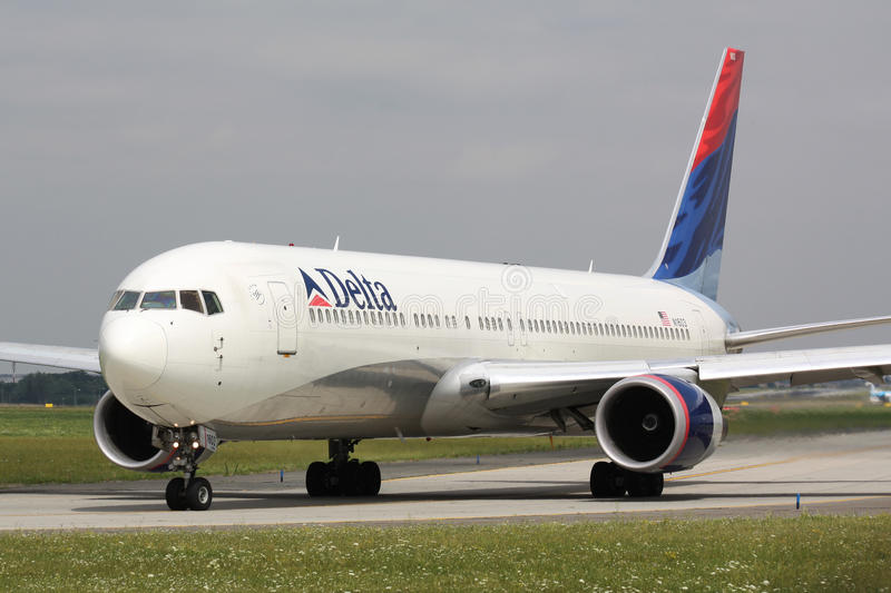 B767 Delta Airlines photographie stock