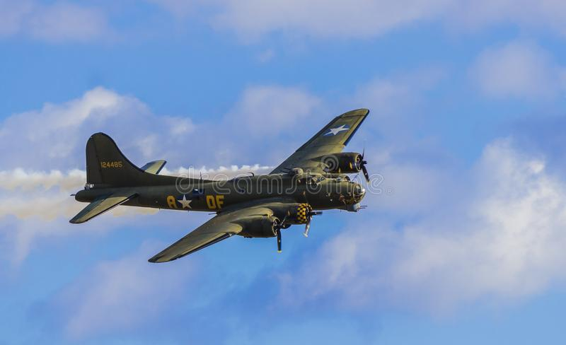 B17 Flying Fortress. Low pass at Duxford Air Show stock photography