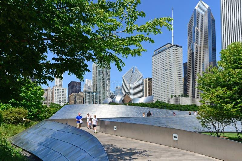 B P Pont au parc de millénaire Chicago image stock